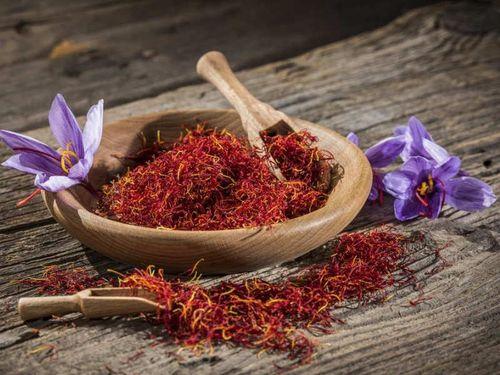 Loạn thị trường saffron tại Việt Nam