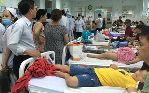 Yêu cầu hiệu trưởng báo cáo vụ việc 30 học sinh ngộ độc phải nhập viện ở TP. HCM