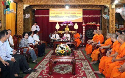 Phó Thủ tướng Trương Hòa Bình chúc Tết Chol Chnam Thmay tại TPHCM, Trà Vinh
