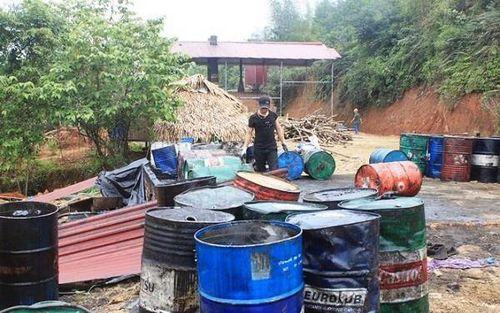 Thanh Hóa: 2 Chủ tịch xã bị kỷ luật vì 'bật đèn xanh' cho xưởng tái chế dầu không phép hoạt động