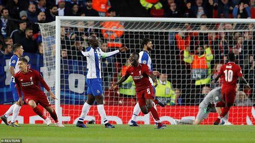 Thắng nhanh Porto, Liverpool đặt một chân vào bán kết
