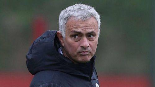 Chuyển nhượng 10/4: Sao MU ra 'yêu sách'; Mourinho hé lộ bến đỗ