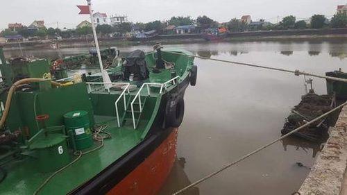 Hải Phòng: Bị tàu chở vật liệu tông trúng, người đàn ông tử vong thương tâm