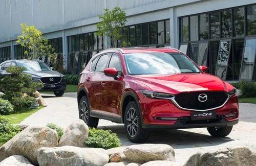 Bảng giá xe Mazda tháng 4/2019: Bán tải BT-50 và SUV CX-5 giảm giá 40 triệu
