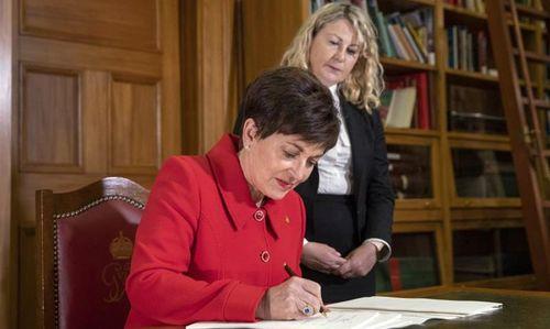 New Zealand: Luật sở hữu súng mới có hiệu lực