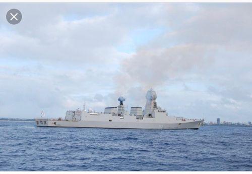 Hai tàu hải quân Ấn Độ cập cảng Cam Ranh