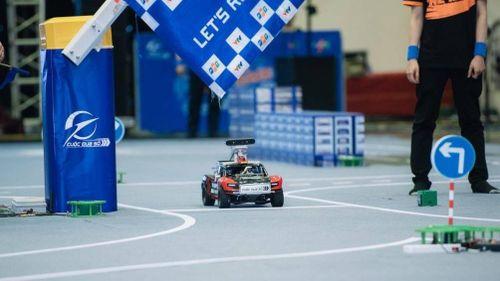 Lộ diện 8 đội xuất sắc vào chung kết thi lập trình xe tự hành