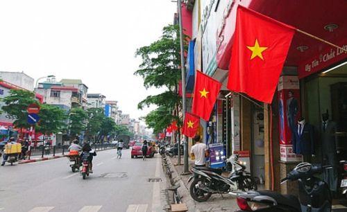 Hà Nội: Trang trí đường phố hướng tới các ngày lễ, kỷ niệm