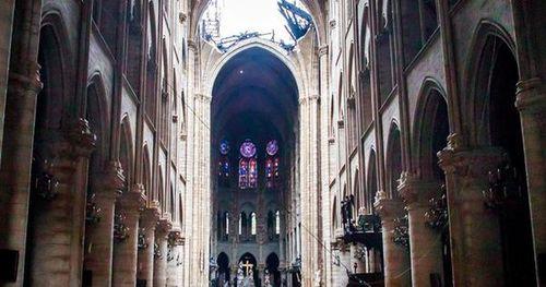 Pháp tổ chức cuộc thi kiến trúc quốc tế phục dựng tháp Nhà thờ Đức Bà Paris