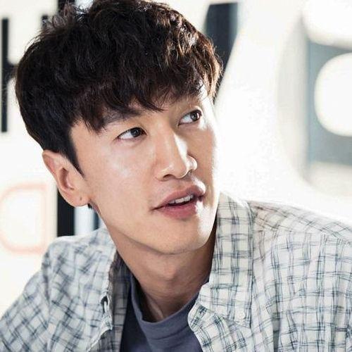 'Hươu cao cổ' Lee Kwang Soo trở lại Việt Nam vào tháng 4 này