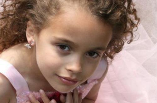 Nữ diễn viên Anh qua đời đột ngột ở tuổi 16 vì đột quỵ