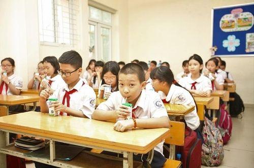 Thông tin sữa học đường 'vượt ngưỡng' là không khách quan