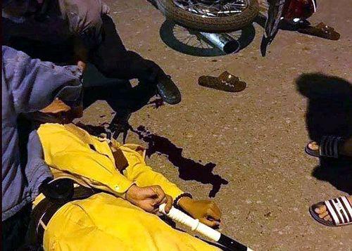 Hà Nội: Đang làm nhiệm vụ, một CSGT bị nam thanh niên tông ngã gục