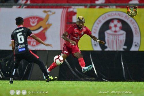 Malaysia nhập tịch thêm tiền đạo gốc Phi đá vòng loại World Cup 2022