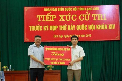 Chủ tịch HĐTV PVN Trần Sỹ Thanh tiếp xúc cử tri tại Lạng Sơn
