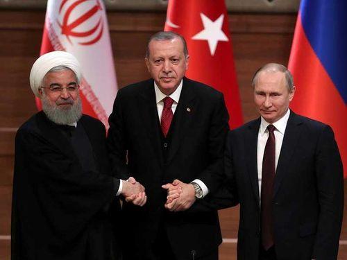 Đồng minh tức giận vì Mỹ cấm mua bán dầu Iran