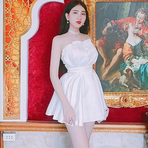 Dàn nữ sinh trường Nguyễn Thượng Hiền toàn Hoa khôi, mẫu ảnh nổi tiếng