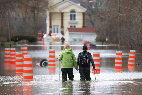 Nguy cơ vỡ đập, thủ đô Canada ban bố tình trạng khẩn