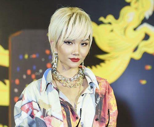 H'Hen Niê xuất hiện khác lạ với kiểu tóc bạch kim