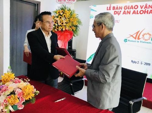 Việt Úc Group bàn giao Aloha Beach Village cho CMC khai thác, vận hành