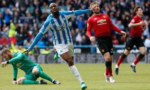 Hòa bạc nhược đội cuối bảng, MU tan mộng Top 4 Premier League