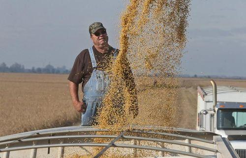 Mỹ: Ngành công - nông nghiệp phản ứng trước tuyên bố tăng thuế hàng Trung Quốc của Tổng thống