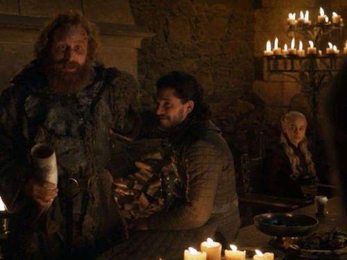 Sạn trong Game of Thrones giúp Starbucks có hơn 2 tỷ USD
