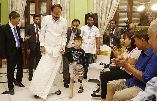 Phó Tổng thống Ấn Độ dự khai trương Trại lắp chân tay giả Jaipur Foot