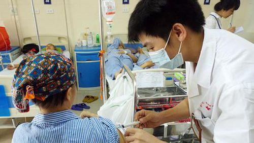 Bệnh viện K sẽ có thuốc điều trị ung thư phổi giá rẻ cho người bệnh