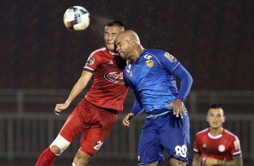 Bị Quảng Nam cầm chân 1-1, TP Hồ Chí Minh vẫn duy trì ngôi đầu bảng