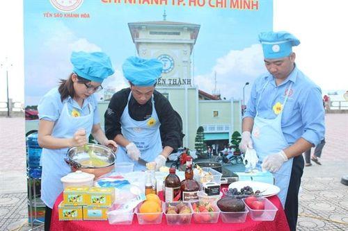 Tinh hoa ẩm thực yến sào Khánh Hòa