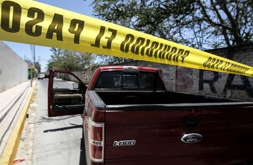 Rúng động Mexico: Phát hiện 35 thi thể trong các hố chôn tập thể
