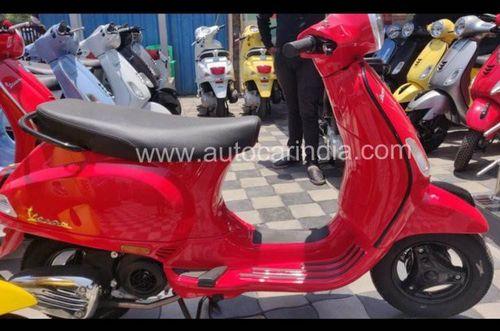 Xe tay ga Vespa giá chỉ 24 triệu đồng tại Ấn Độ có gì đặc biệt?