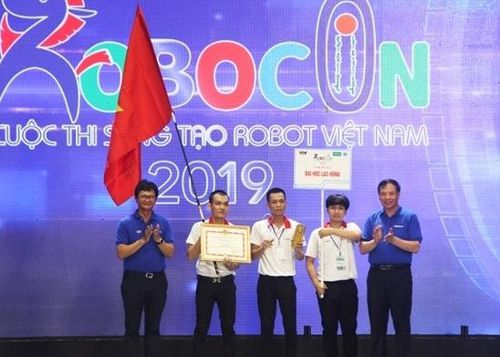 Đội LH-WAO vô địch Robocon Việt Nam 2019