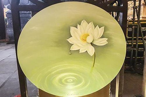 Chiêm ngưỡng những bức vẽ hoa sen độc đáo trong triển lãm mừng Đại lễ Vesak 2019