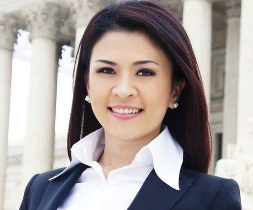 Luật sư gốc Việt đóng 100.000 USD để tại ngoại vụ kết hôn giả ở Mỹ