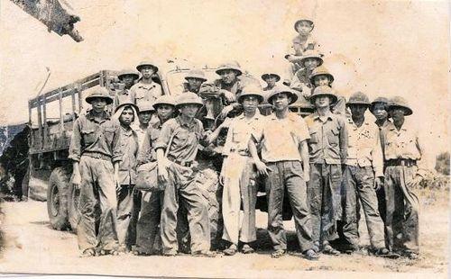 Kỷ niệm 60 năm Truyền thống Bộ đội Trường Sơn 19/5/1959-19/5/2019: 'Voi thép' vượt Trường Sơn
