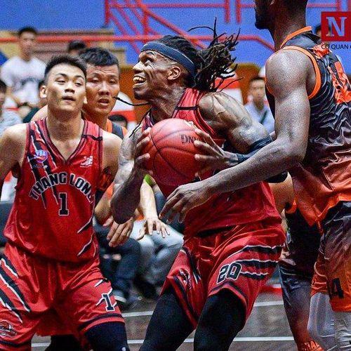 VBA 2019: Ngược dòng ngoại mục, 'Chiến binh' Thang Long Warriors giành chiến thắng ngay phút chót