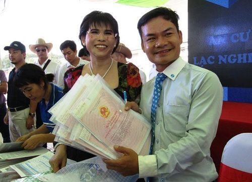 Trao sổ hồng khu dân cư Phú Hồng Đạt - Phú Hồng Khang