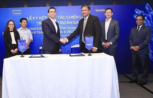 Suntory PepsiCo Việt Nam và Deloitte Consulting Việt Nam ký kết hợp tác chiến lược