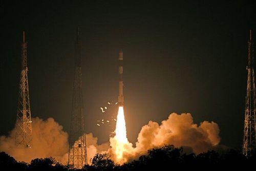 Ấn Độ phóng thành công vệ tinh quan sát Trái Đất hiện đại