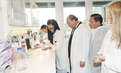 Thủ tướng thăm mô hình sản xuất của một số tập đoàn lớn tại Na Uy