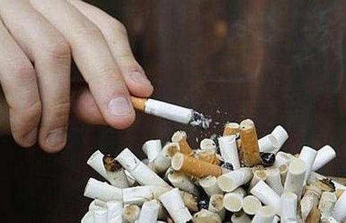 Hà Nội: Triển khai nhiều biện pháp giảm tỉ lệ hút thuốc lá