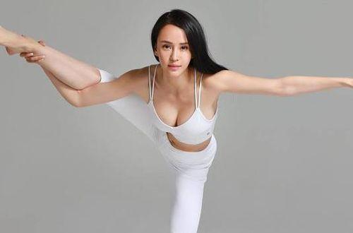 'Đệ nhất mỹ nhân Kung Fu' Trung Quốc ngày càng rẻ rúng vì mặc hở bạo