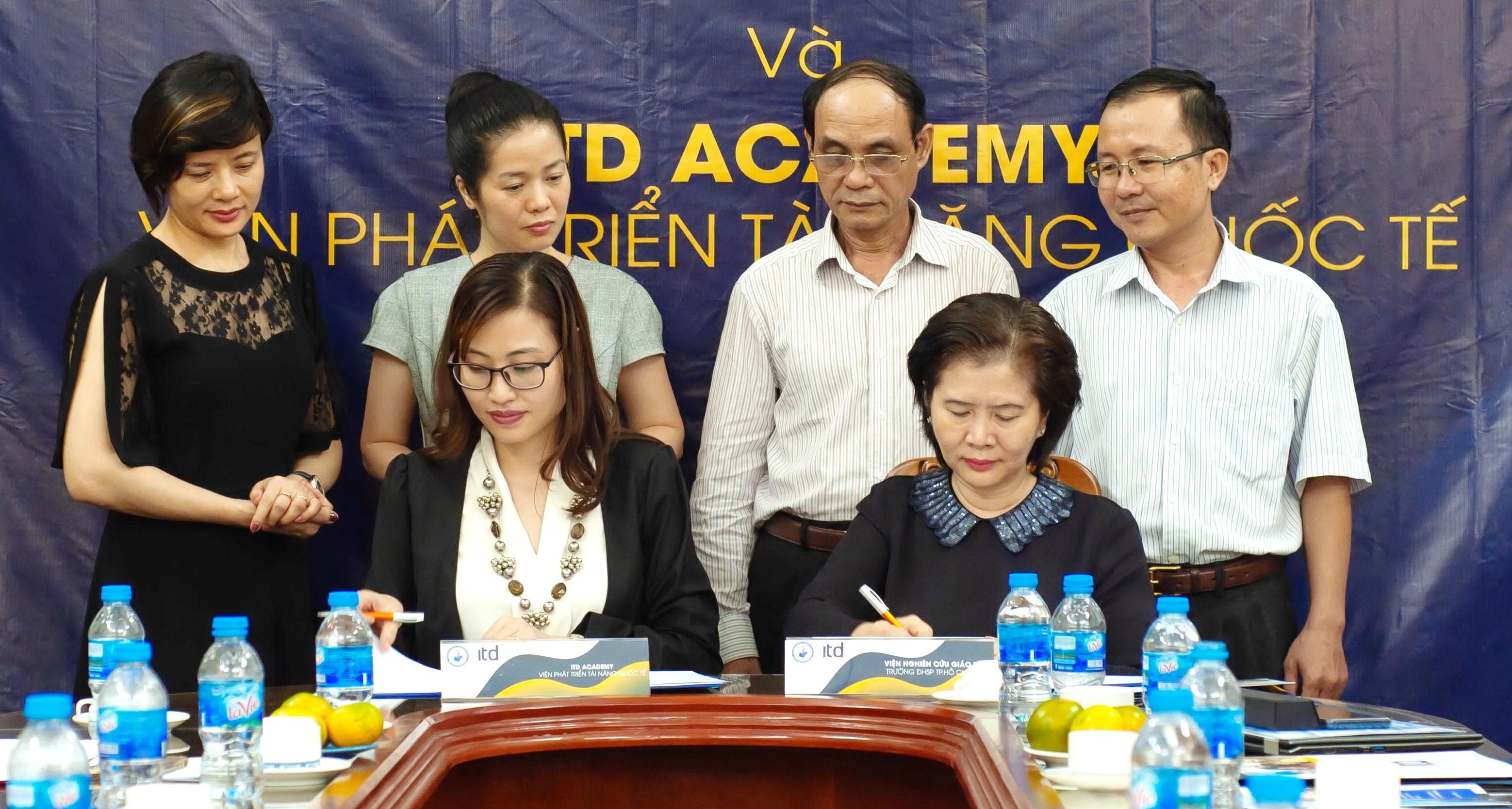 Chứng chỉ Sư phạm tiếng Anh của tổ chức Intesol Worldwide sẽ được cấp tại Việt Nam