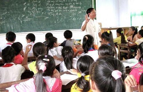 Gieo tình yêu bài chòi cho lớp trẻ