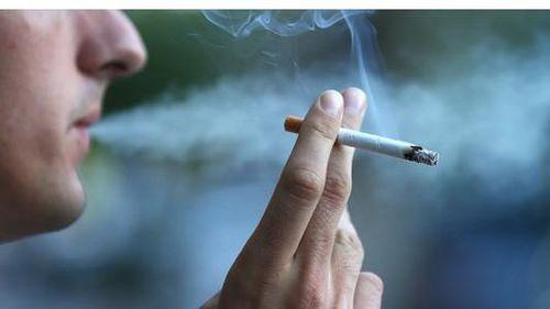 Quốc gia hạnh phúc nhất thế giới: Hàng trăm người ngồi tù vì thuốc lá