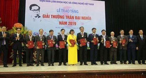 Nữ giáo sư nhận giải thưởng Trần Đại Nghĩa
