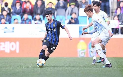 Clip: Xem lại bàn thắng của Công Phượng cho Incheon United
