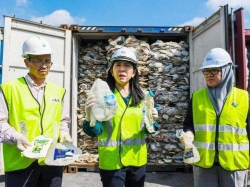 Đông Nam Á mạnh mẽ trong cuộc chiến trả rác thải về các nước giàu